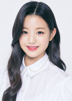 Jang Won Yeong (IZ*ONE) (2004)