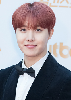 Jung Ho Seok (J-Hope) (1994)